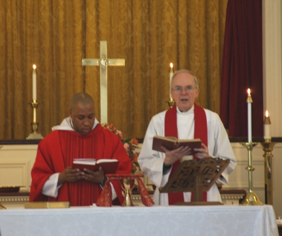 Conclusion of the Eucharist on Palm Sunday 2013 with Fr. A. This is my first Mass as an Anglican Priest.